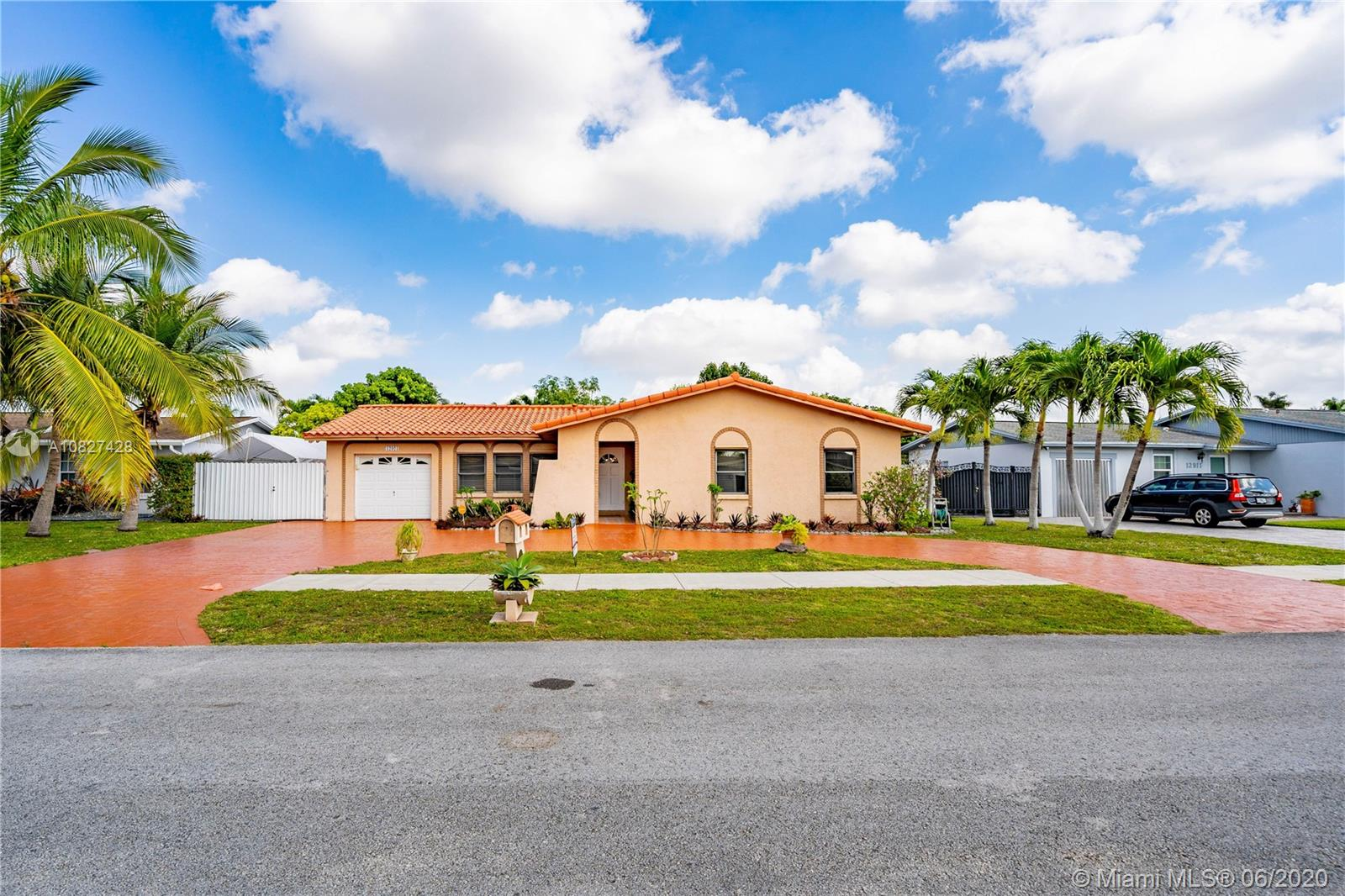 12921 SW 82nd Ter photo03