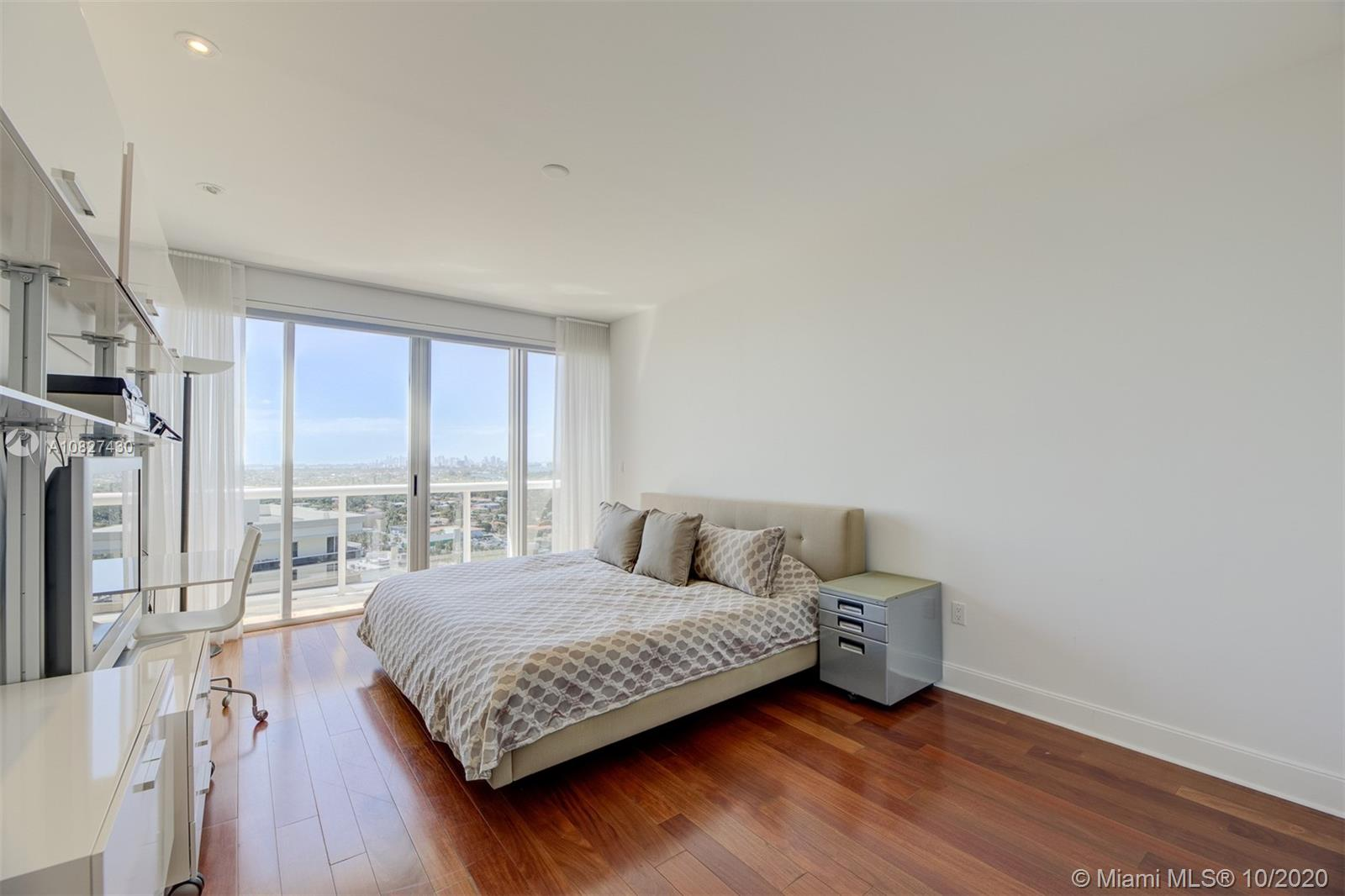 9601 Collins Ave #1608 photo023