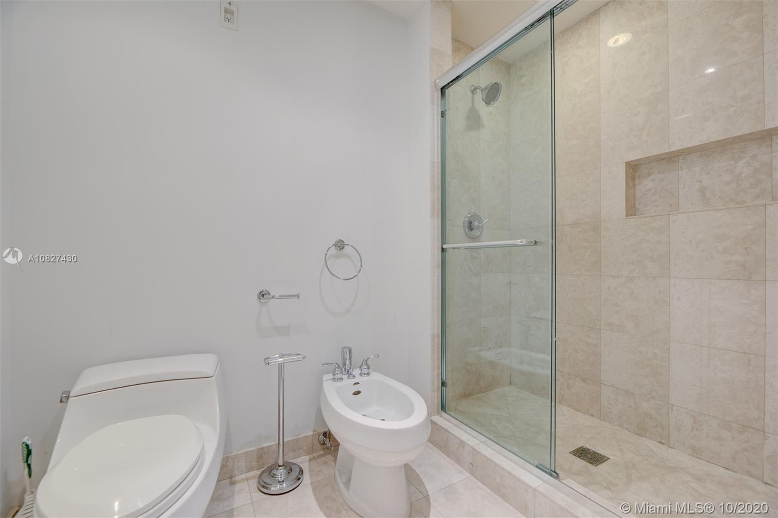 9601 Collins Ave #1608 photo022