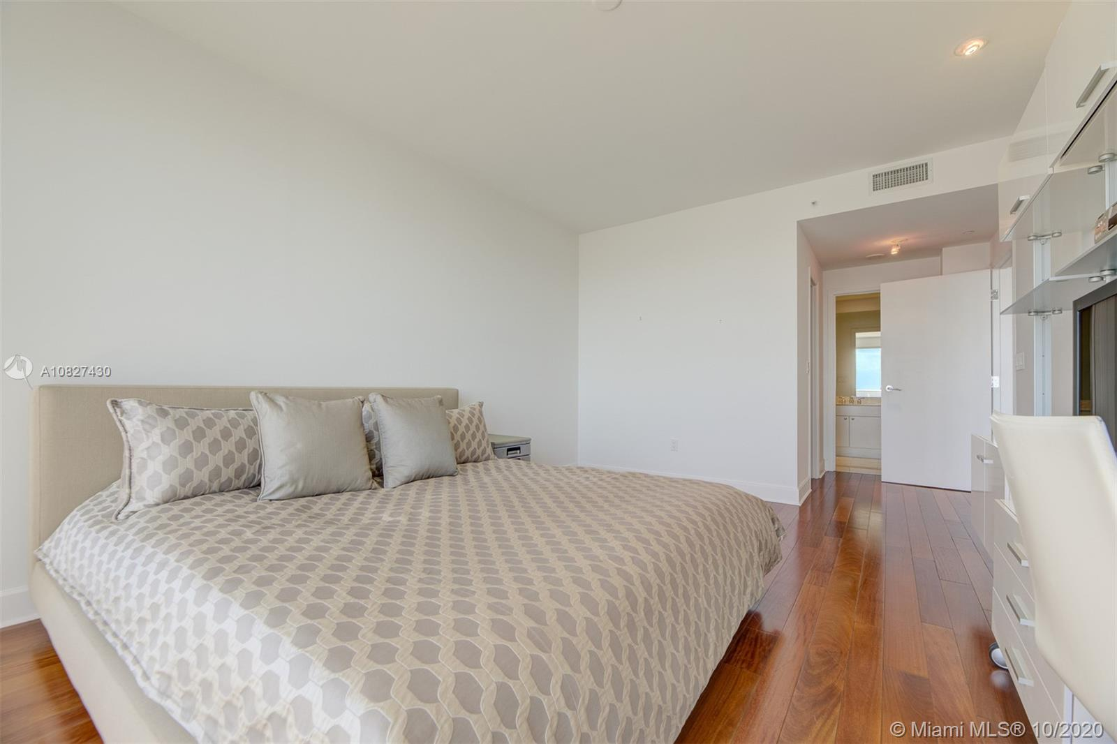 9601 Collins Ave #1608 photo024
