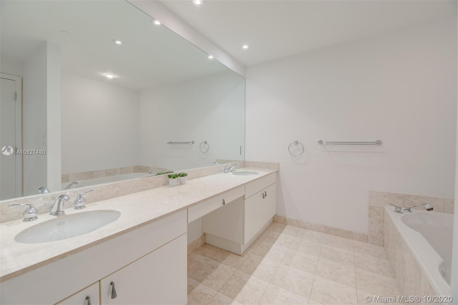 9601 Collins Ave #1608 photo021