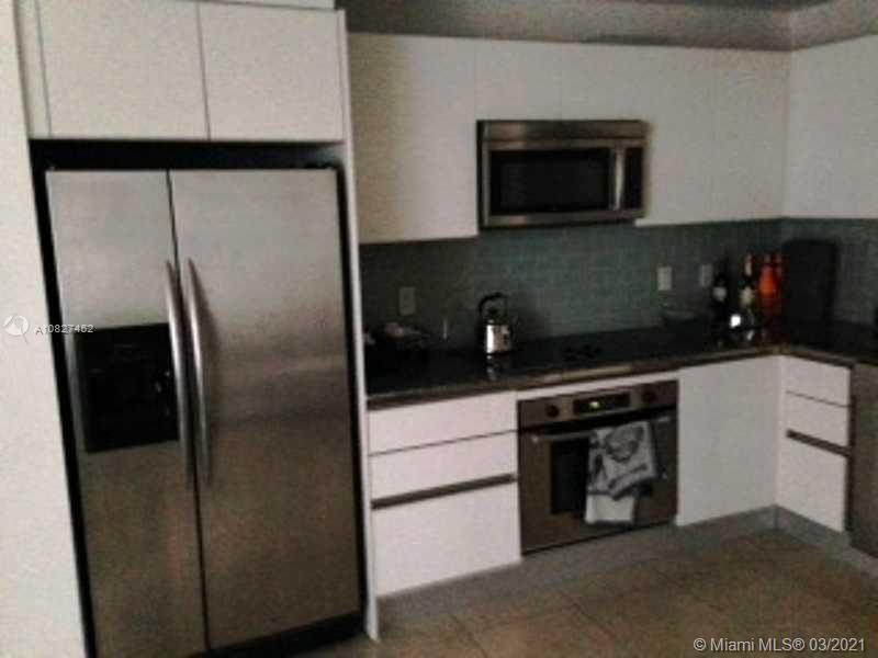 1060 Brickell Ave #415 photo05