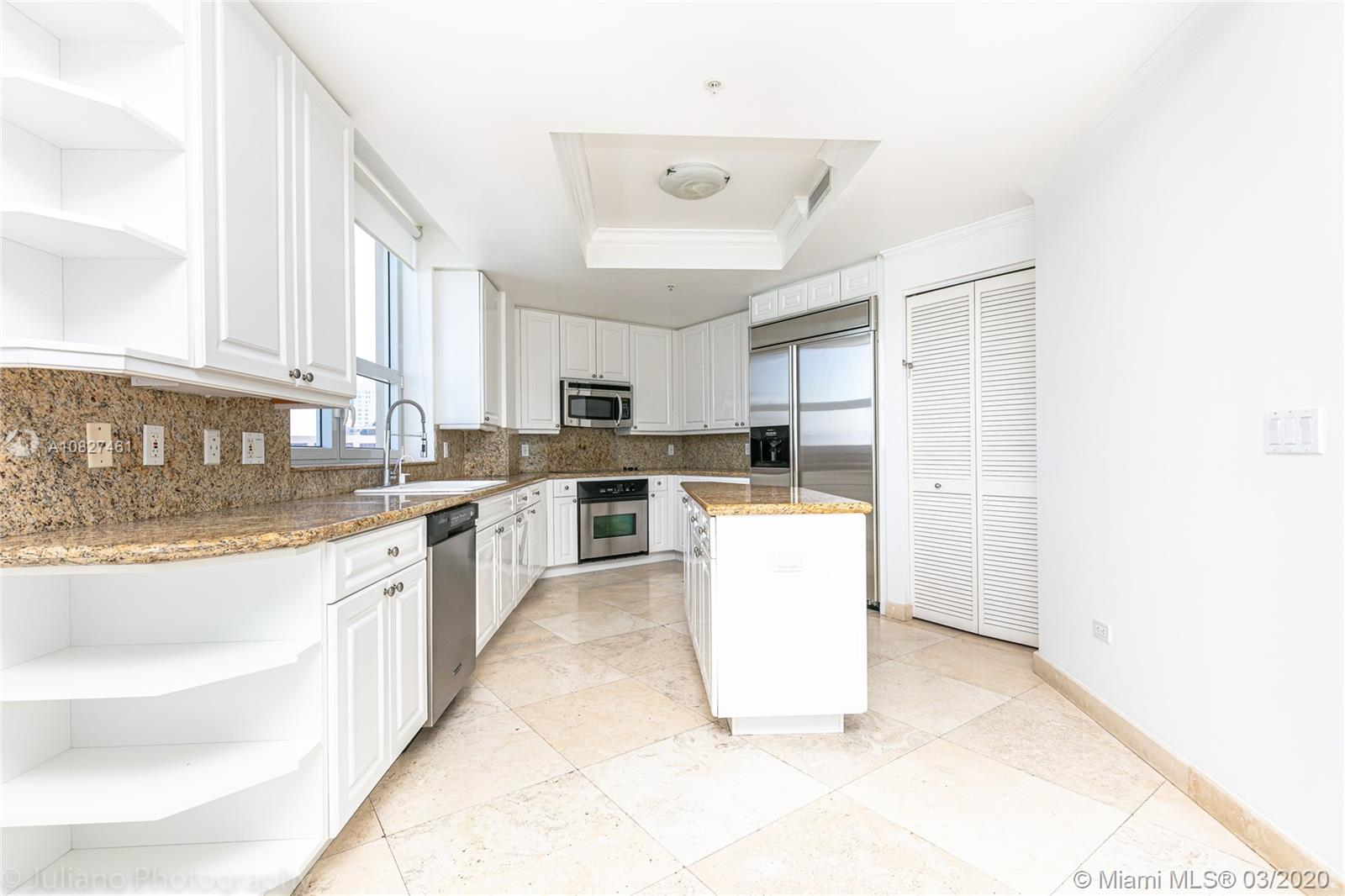 848 Brickell Key Dr #1601 photo028