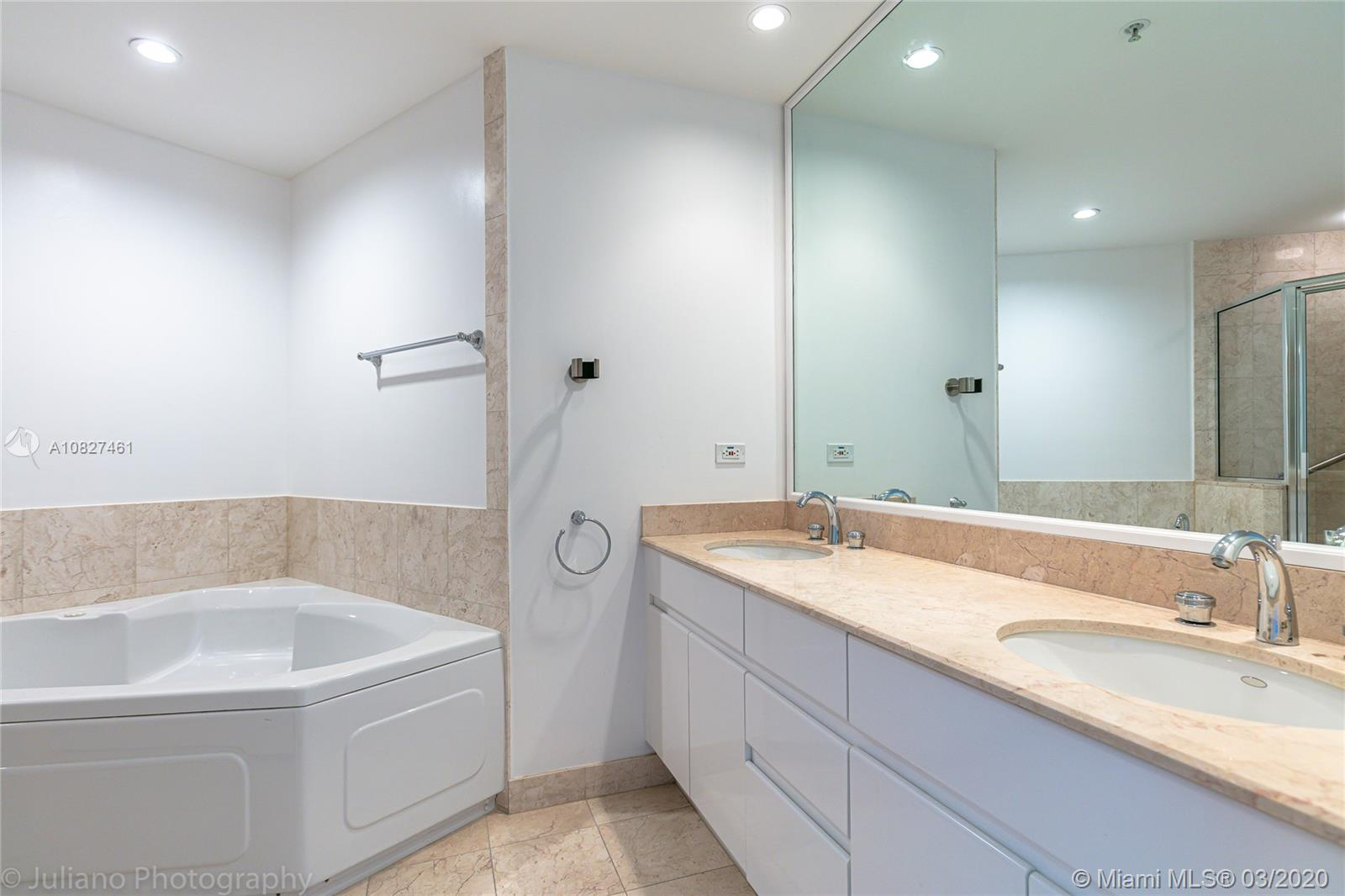 848 Brickell Key Dr #1601 photo034