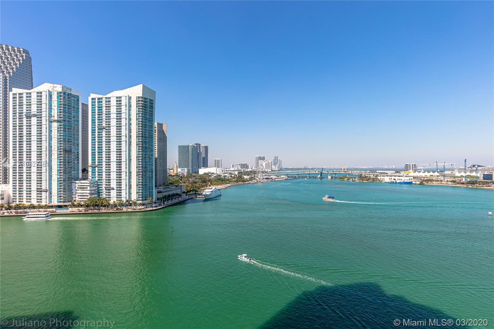848 Brickell Key Dr #1601 photo015