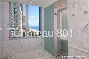 17475 Collins Ave #801 photo06