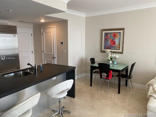 18201 Collins Ave #1708 photo09