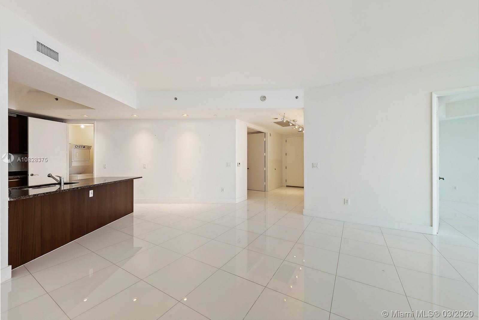 15901 Collins Ave #1703 photo07