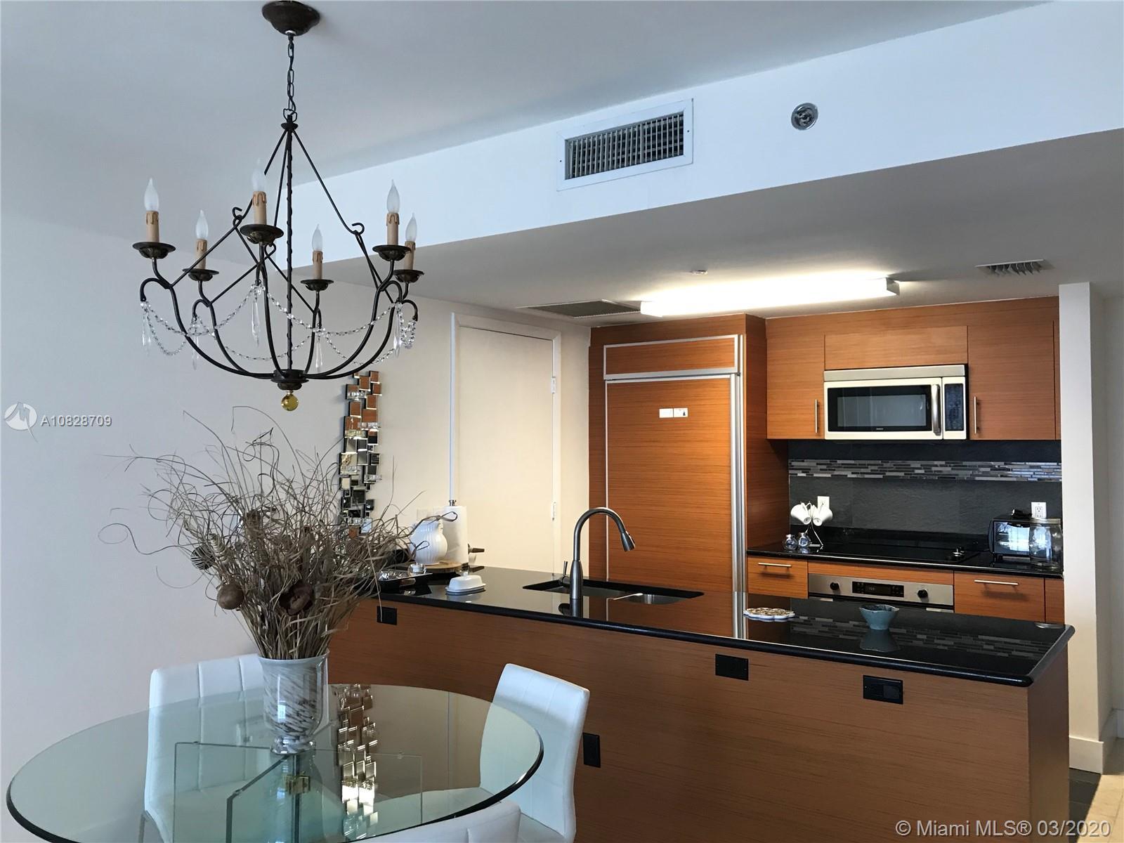 Property 50 Biscayne Blvd #1706 image 4