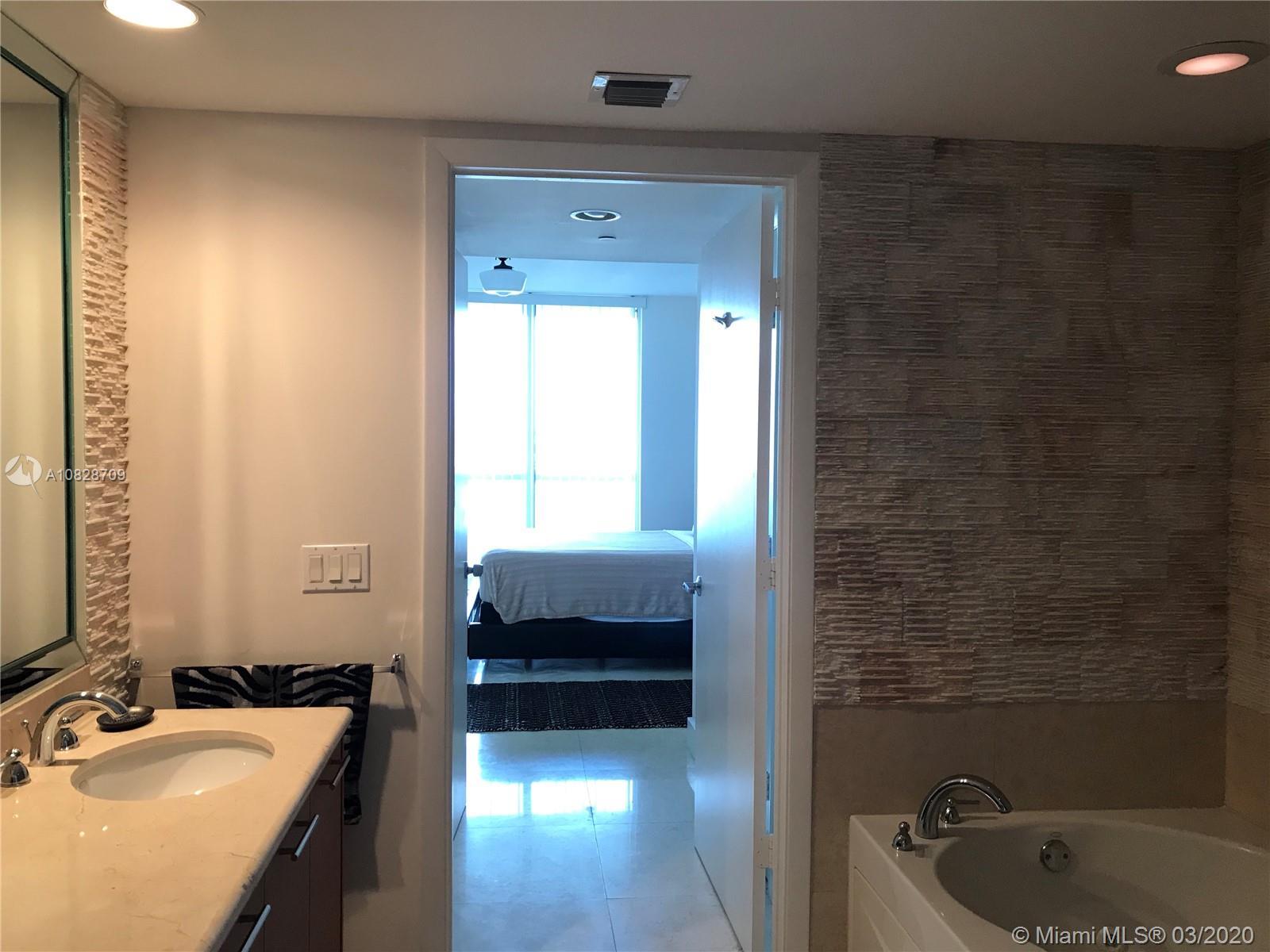 Property 50 Biscayne Blvd #1706 image 18