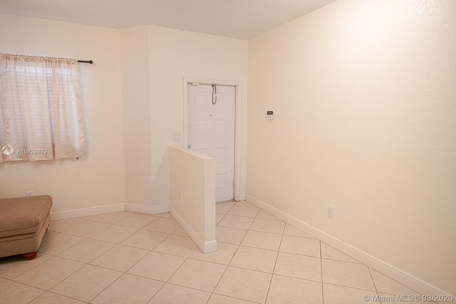 10770 NW 66th St #311 photo02
