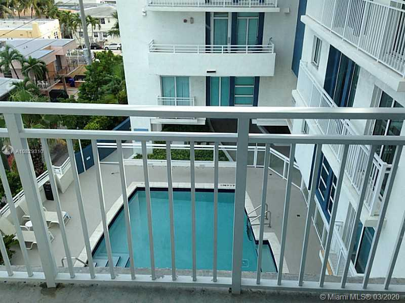 7600 Collins Ave #701 photo05
