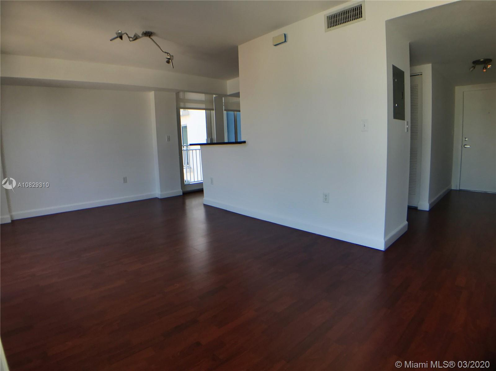 7600 Collins Ave #701 photo014