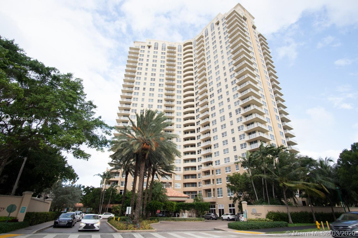 Turnberry on the Green #207 - 19501 W Country Club Dr #207, Aventura, FL 33180