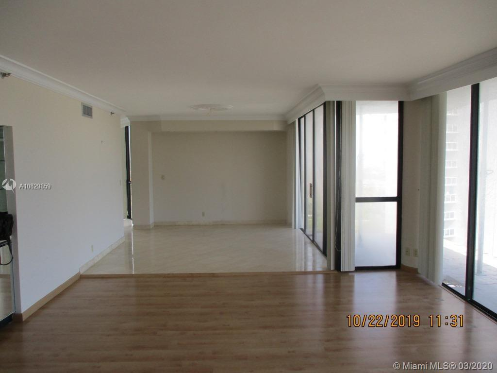 Photo of 20281 E Country Club Dr #902 listing for Sale