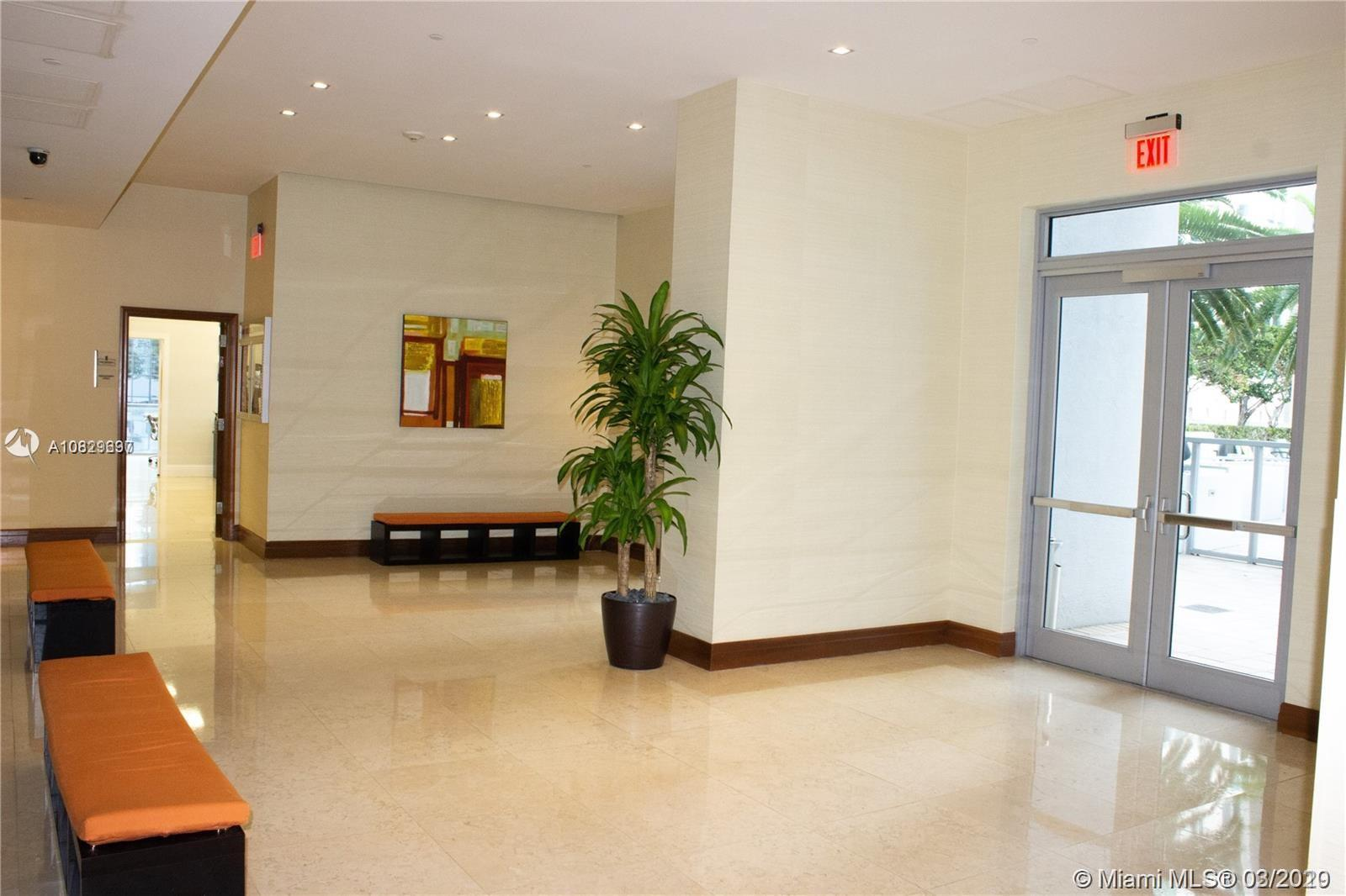 1060 Brickell Ave #211 photo027