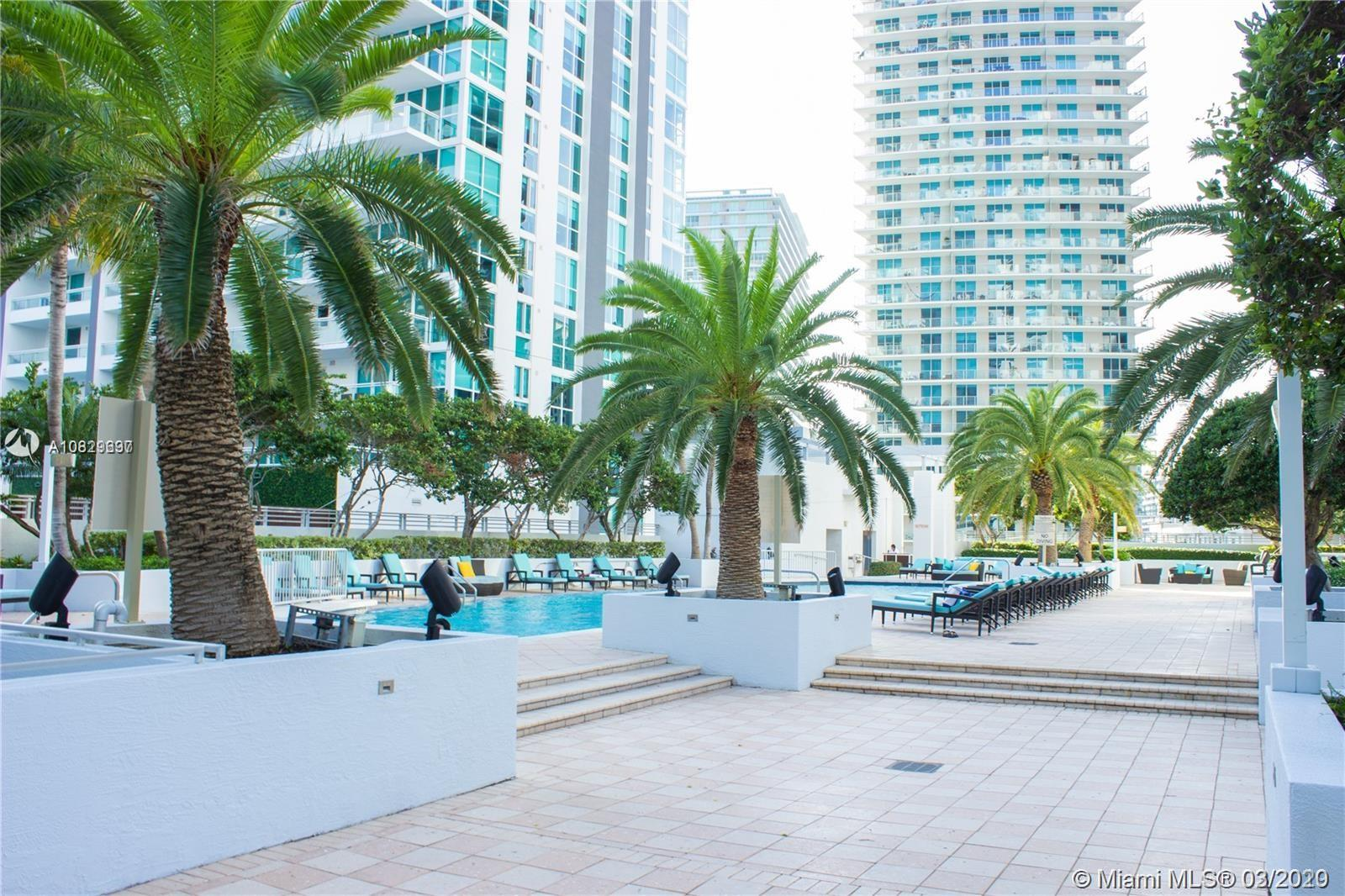 1060 Brickell Ave #211 photo02