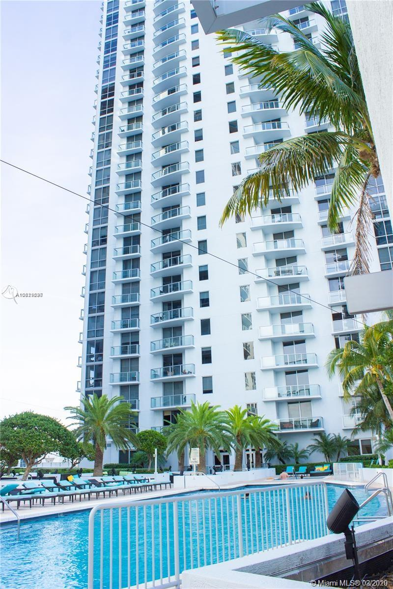 1060 Brickell Ave #211 photo031