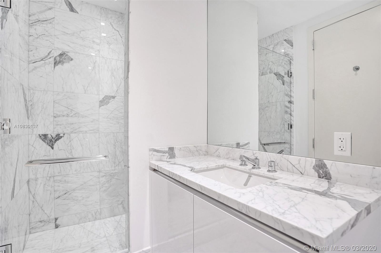 16901 Collins Ave #2501 photo024