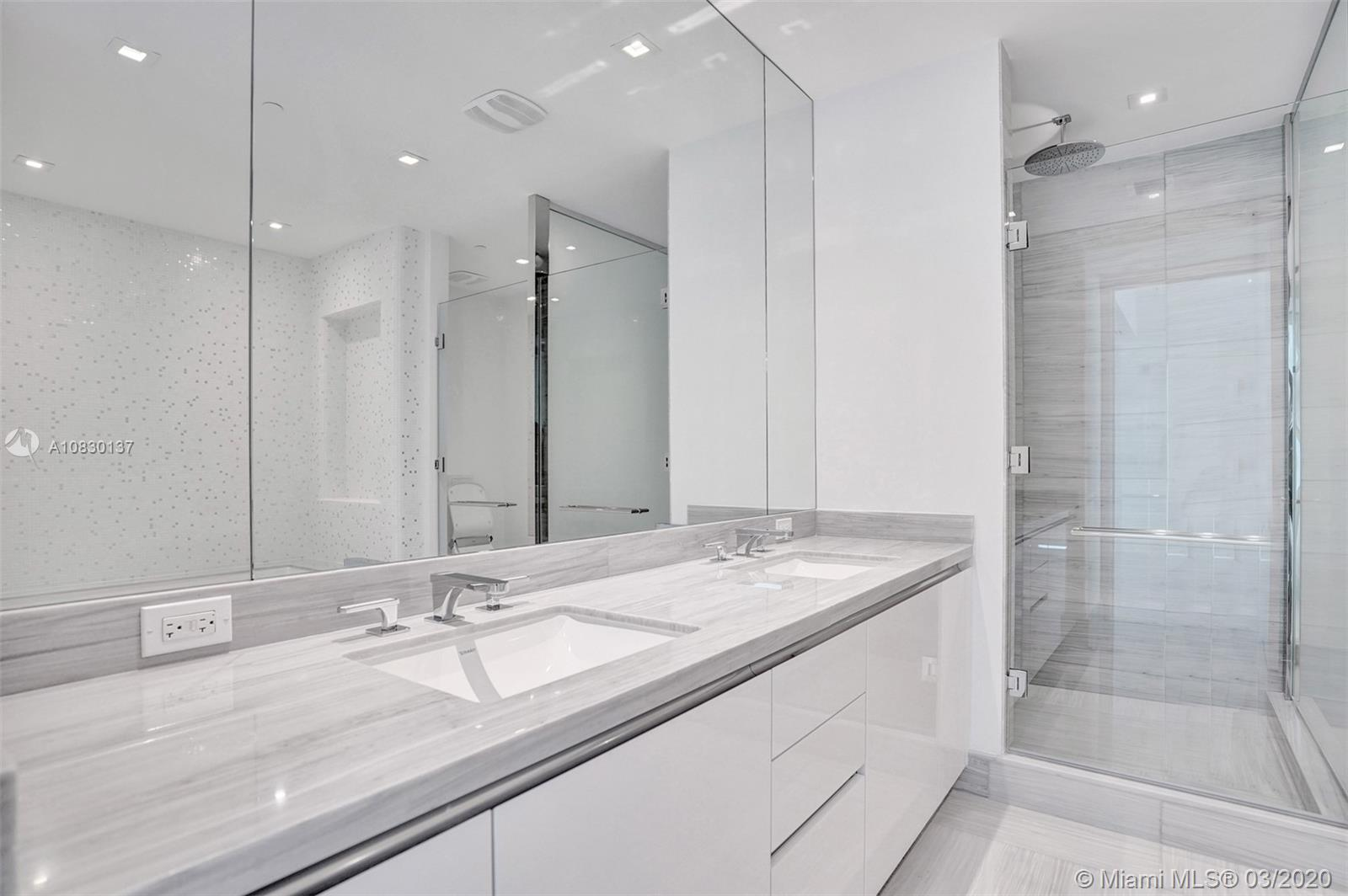 16901 Collins Ave #2501 photo018