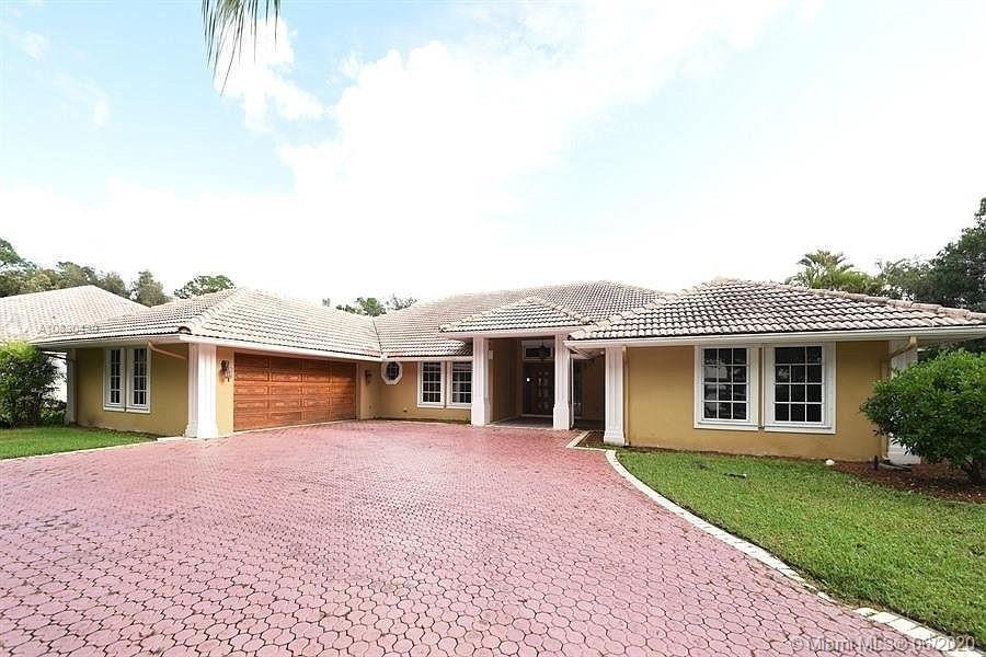 Property for sale at 1834 SW Breakers West Ct, West Palm Beach,  Florida 33411