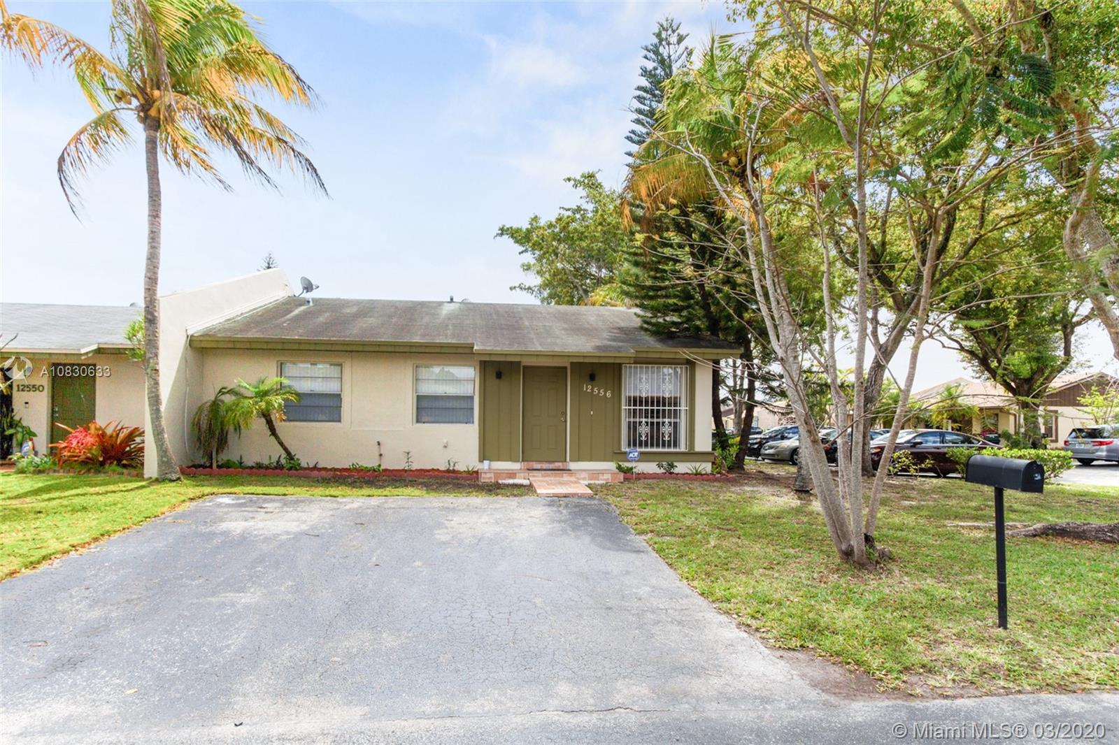 12556 SW 118th Ter, Miami, Florida 33186, 3 Bedrooms Bedrooms, ,2 BathroomsBathrooms,Residential,For Sale,12556 SW 118th Ter,A10830633