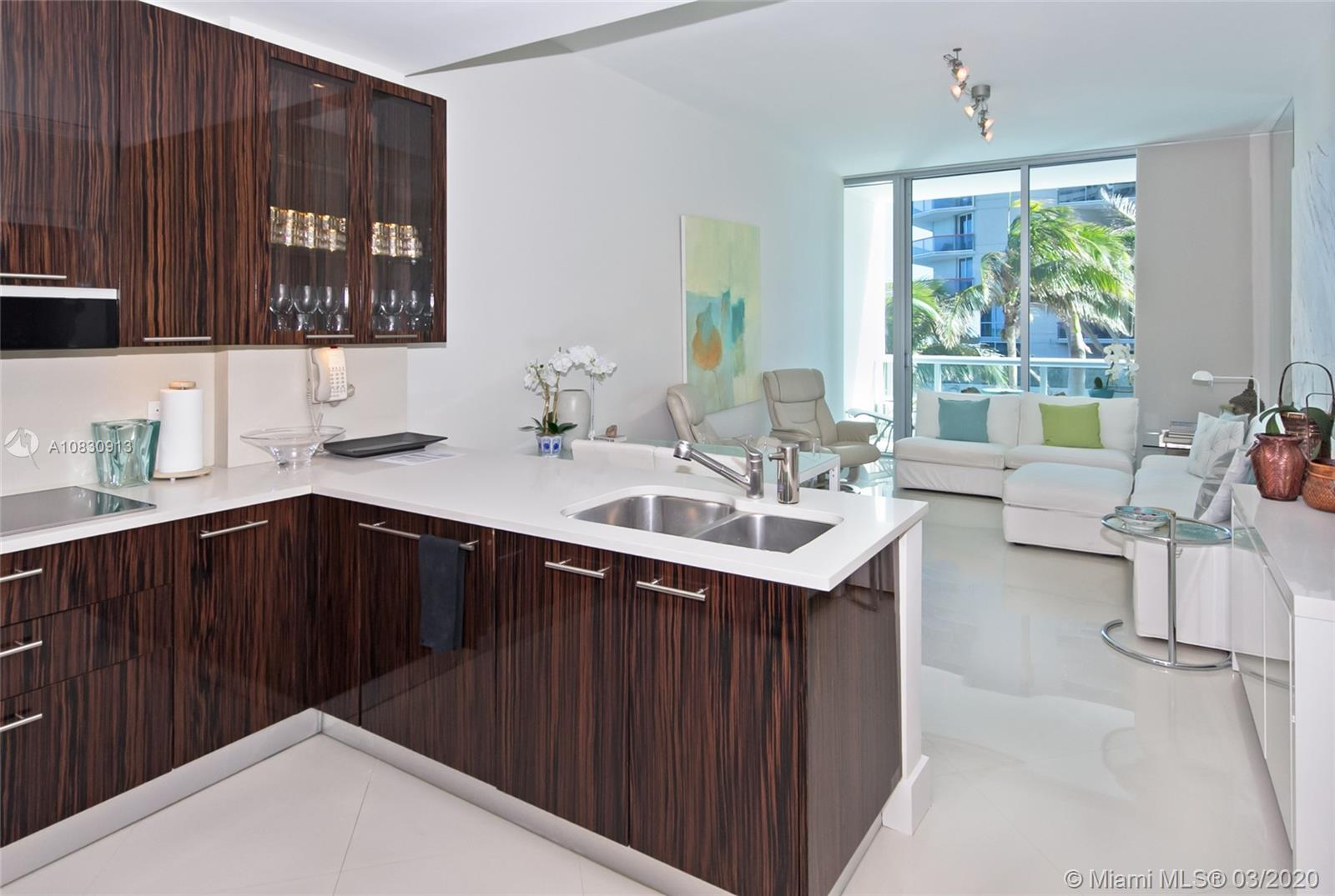 6799 Collins Ave #207 photo02