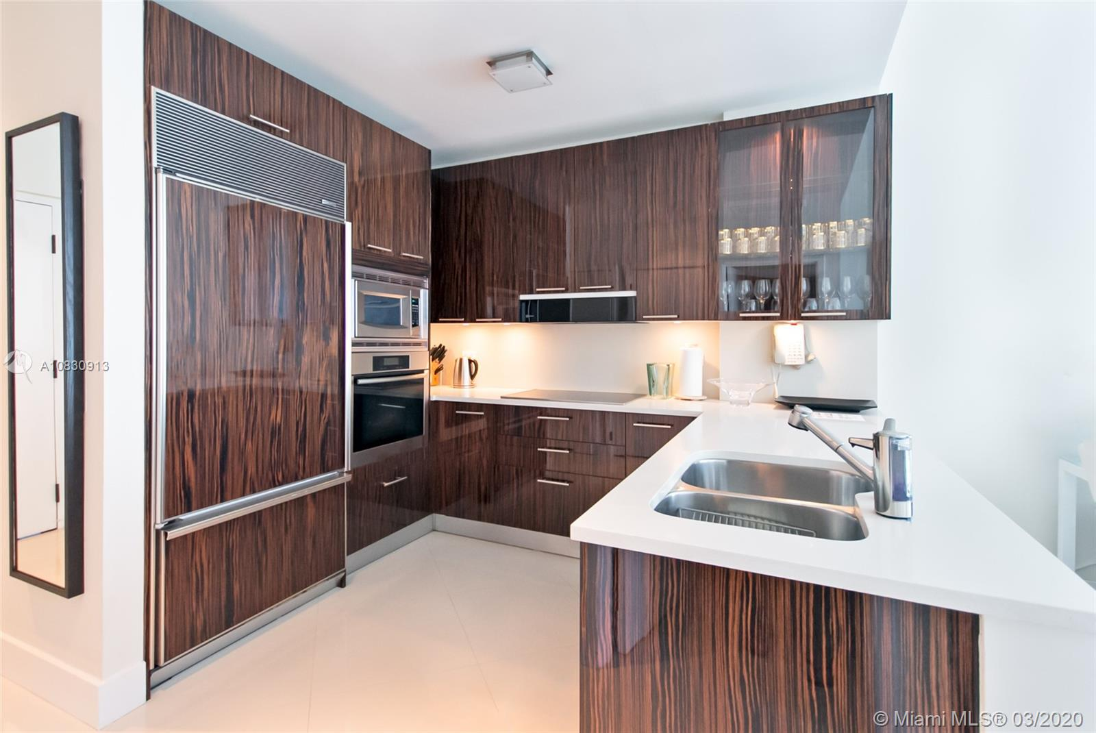 6799 Collins Ave #207 photo08