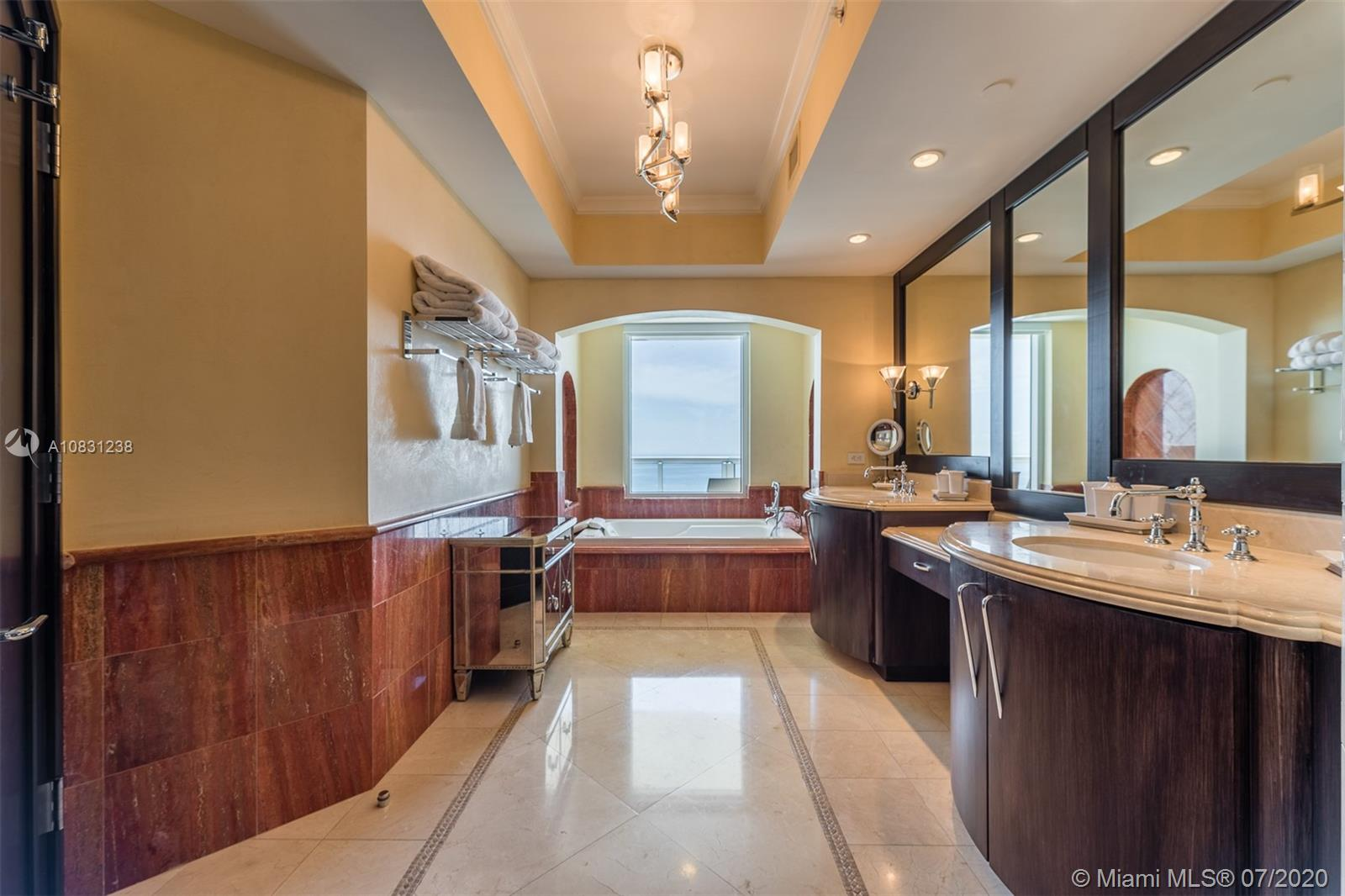 Property 17875 Collins Ave #2606 image 11