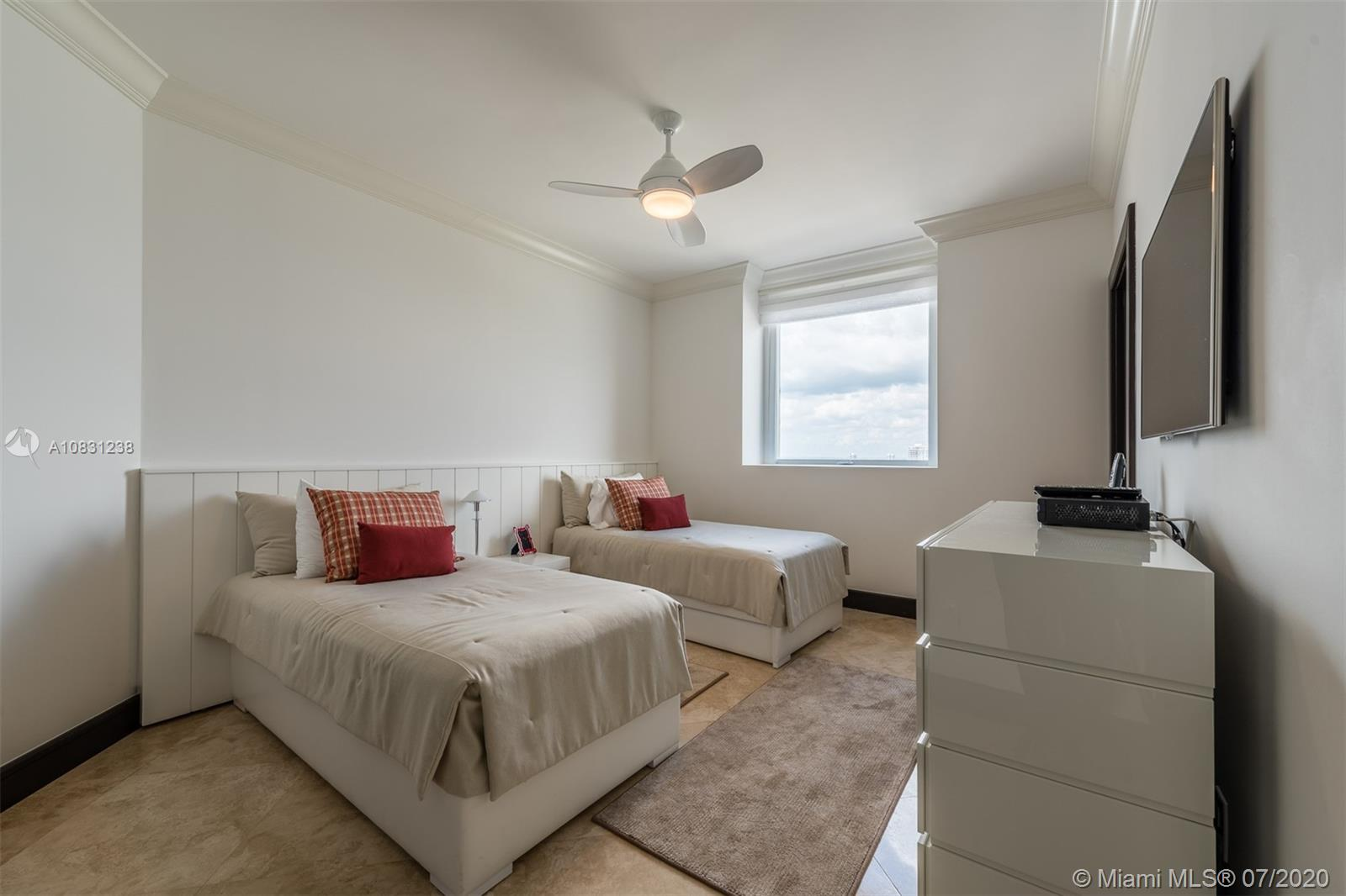Property 17875 Collins Ave #2606 image 23