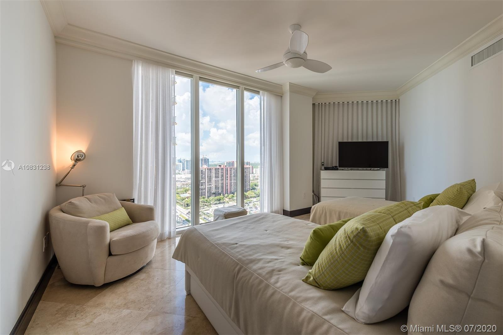 Property 17875 Collins Ave #2606 image 17