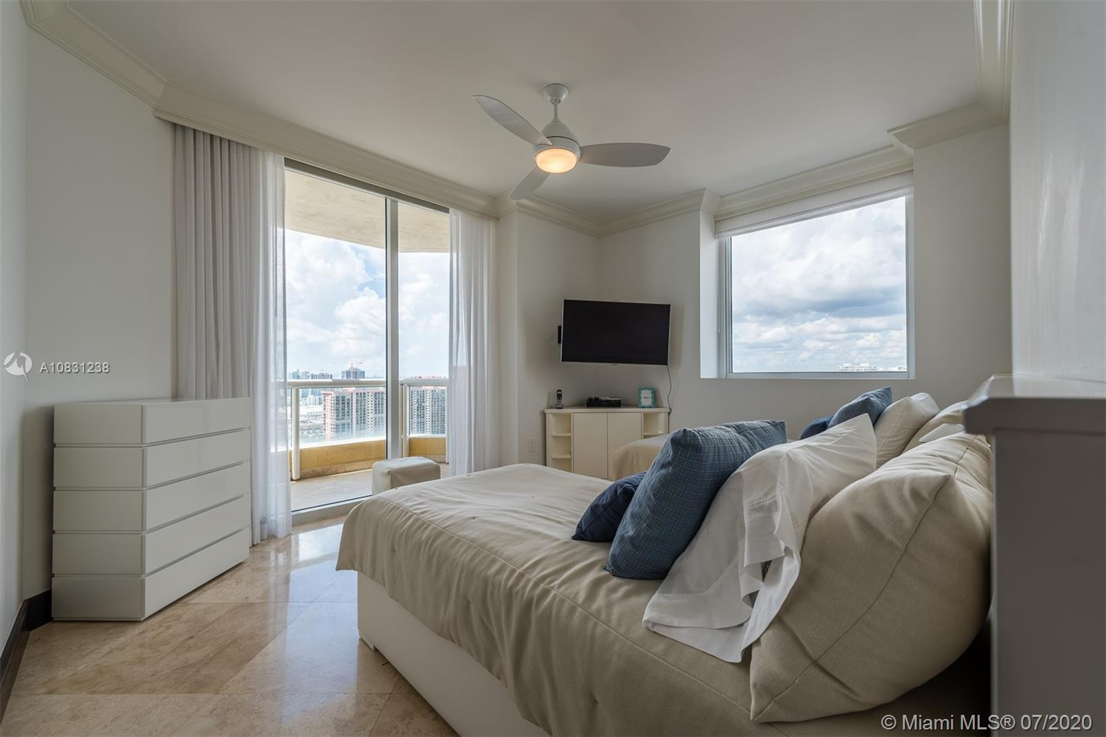 Property 17875 Collins Ave #2606 image 20