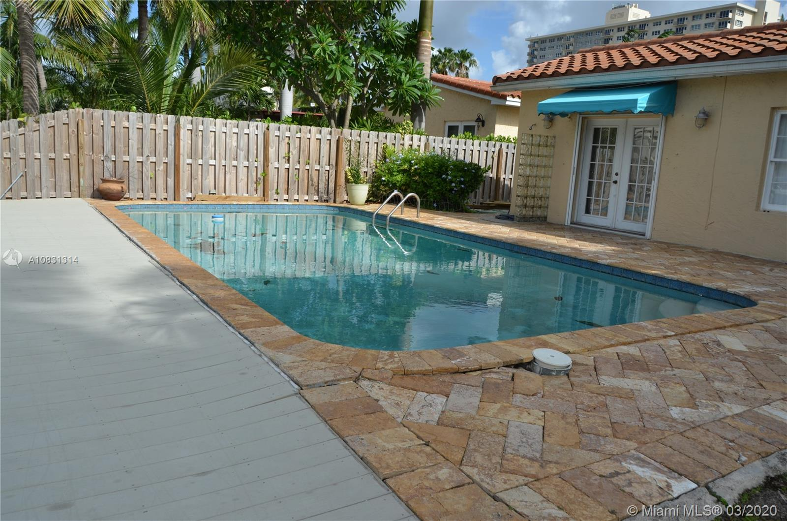 2313 E Las Olas Blvd photo047