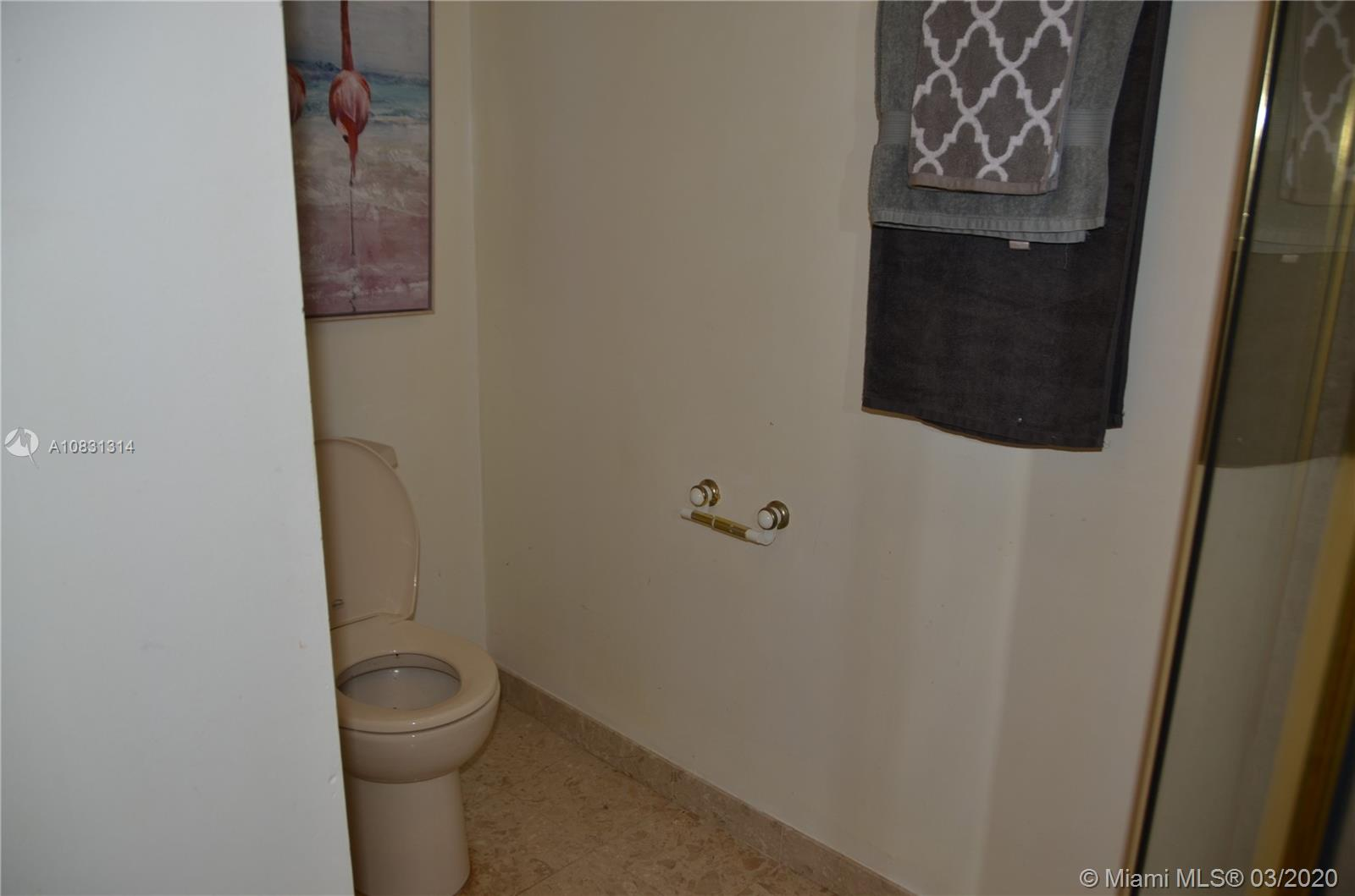 2313 E Las Olas Blvd photo043