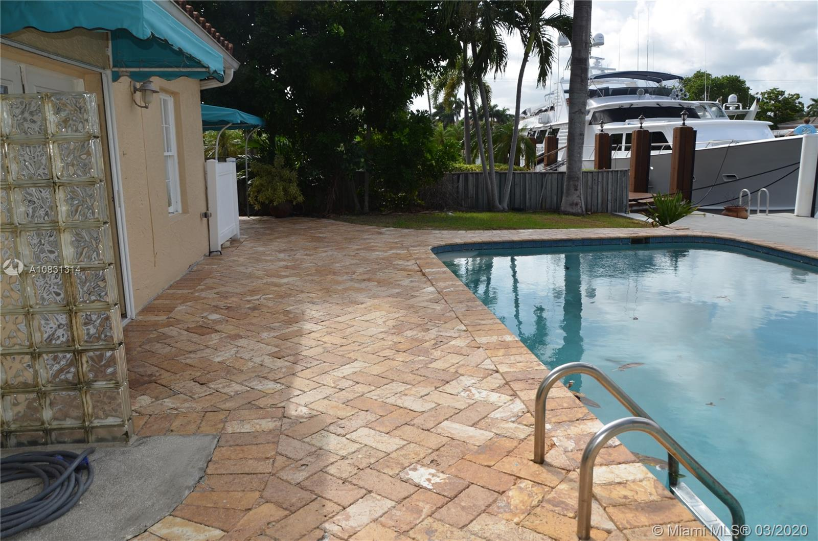 2313 E Las Olas Blvd photo053
