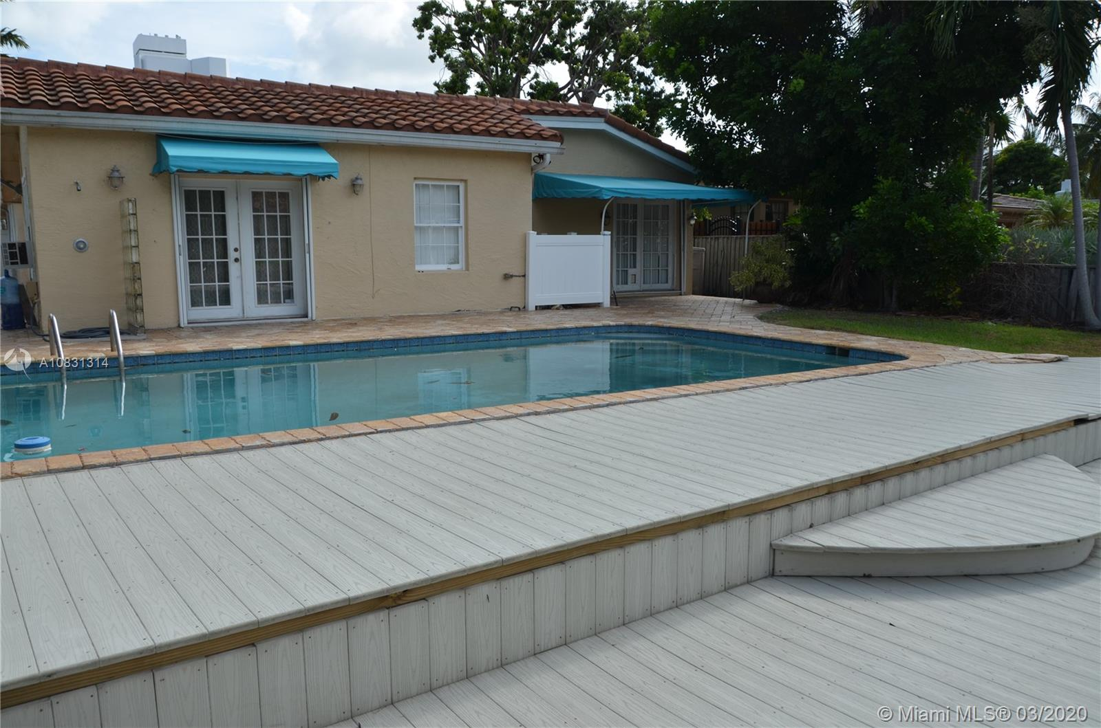 2313 E Las Olas Blvd photo049