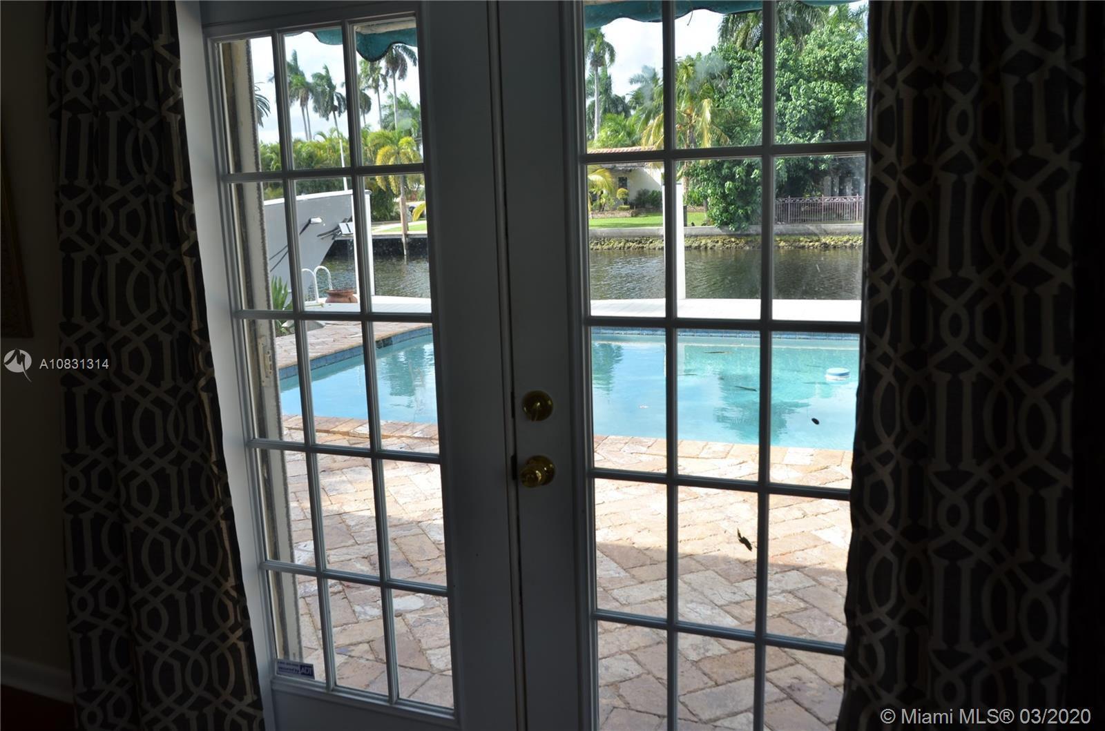 2313 E Las Olas Blvd photo041