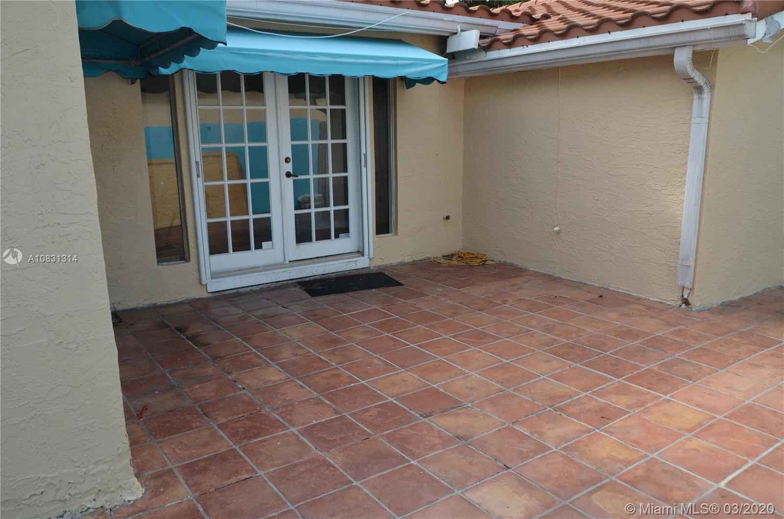 2313 E Las Olas Blvd photo055