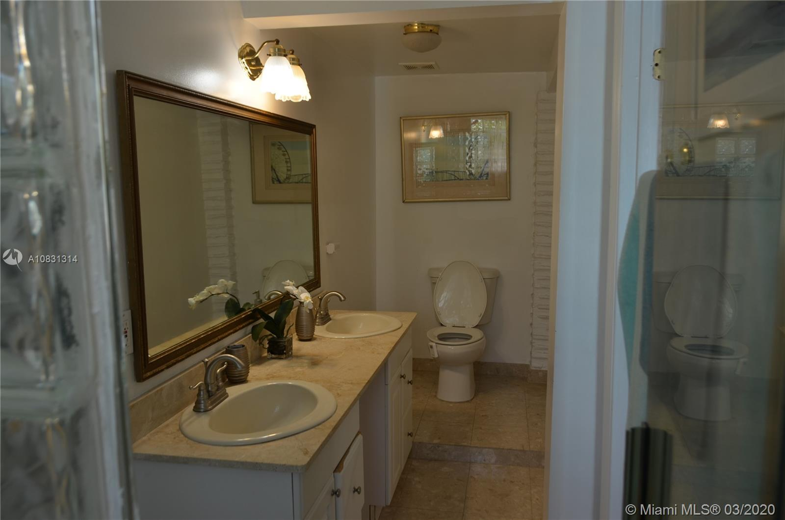 2313 E Las Olas Blvd photo031