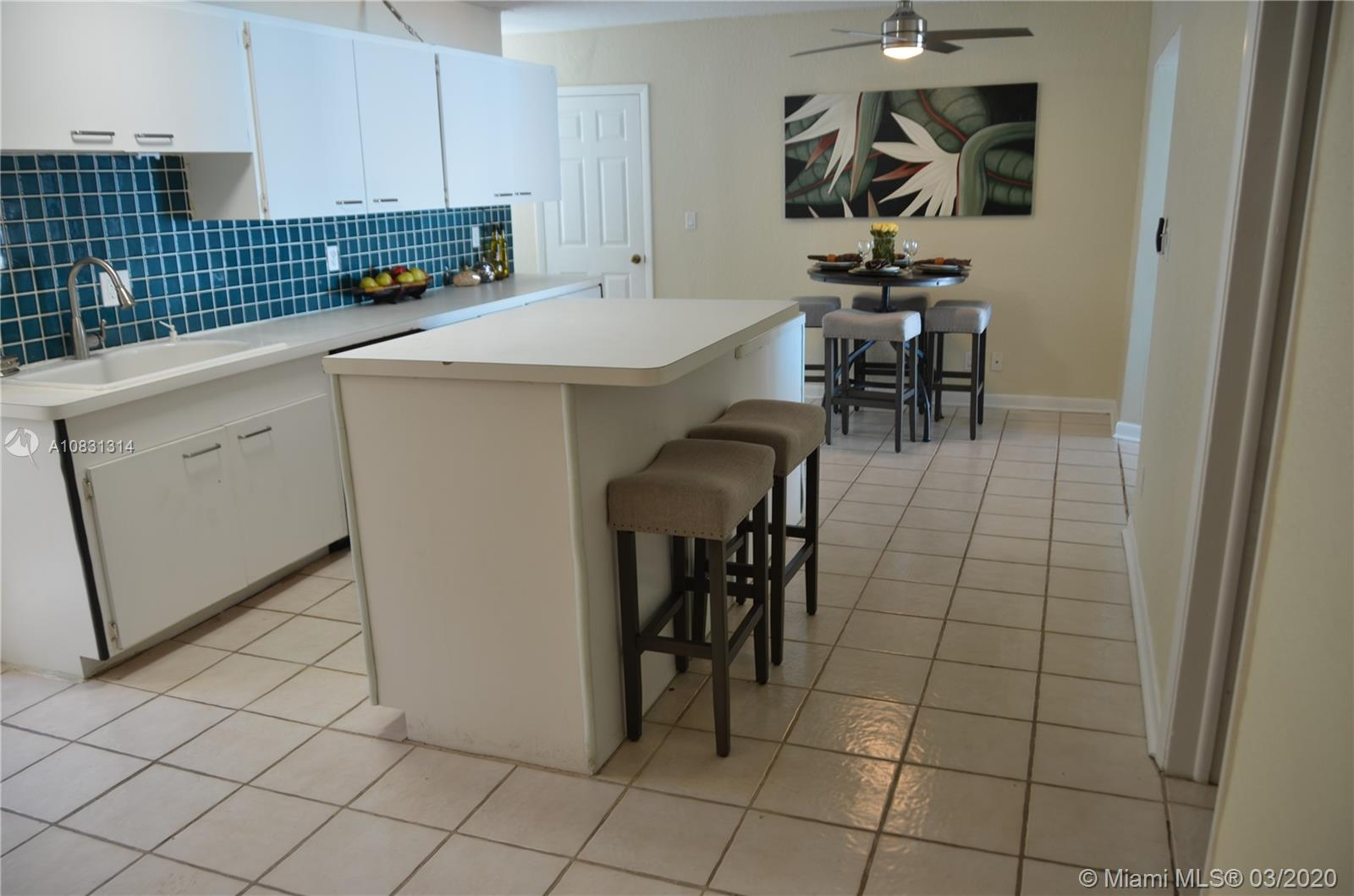 2313 E Las Olas Blvd photo025