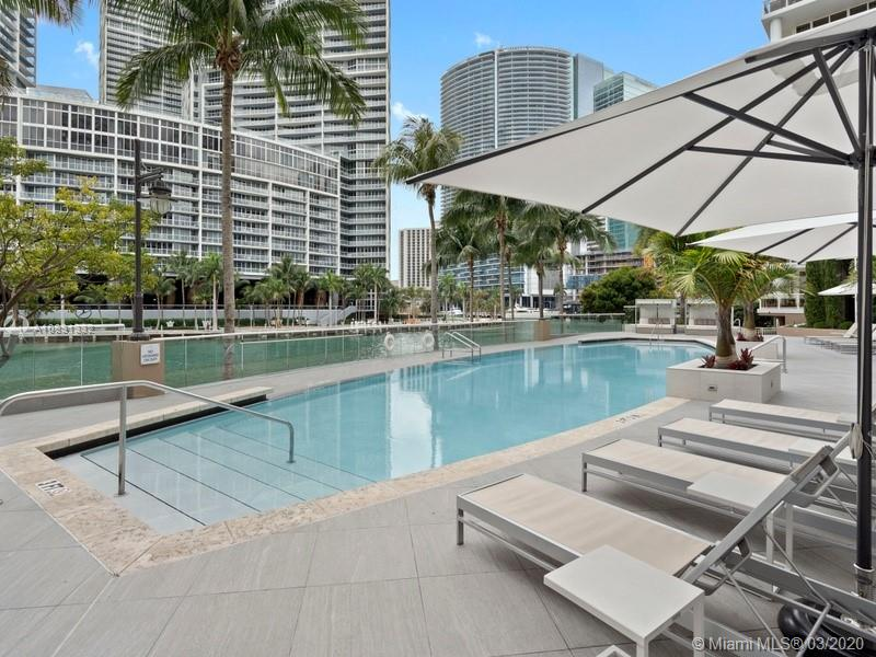 901 Brickell Key Blvd #2401 photo015