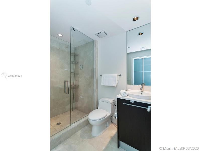 17121 Collins Ave #1605 photo033