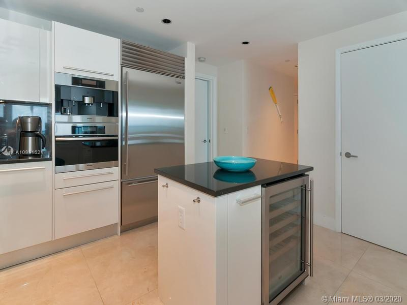 17121 Collins Ave #1605 photo018