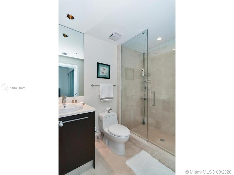 17121 Collins Ave #1605 photo019