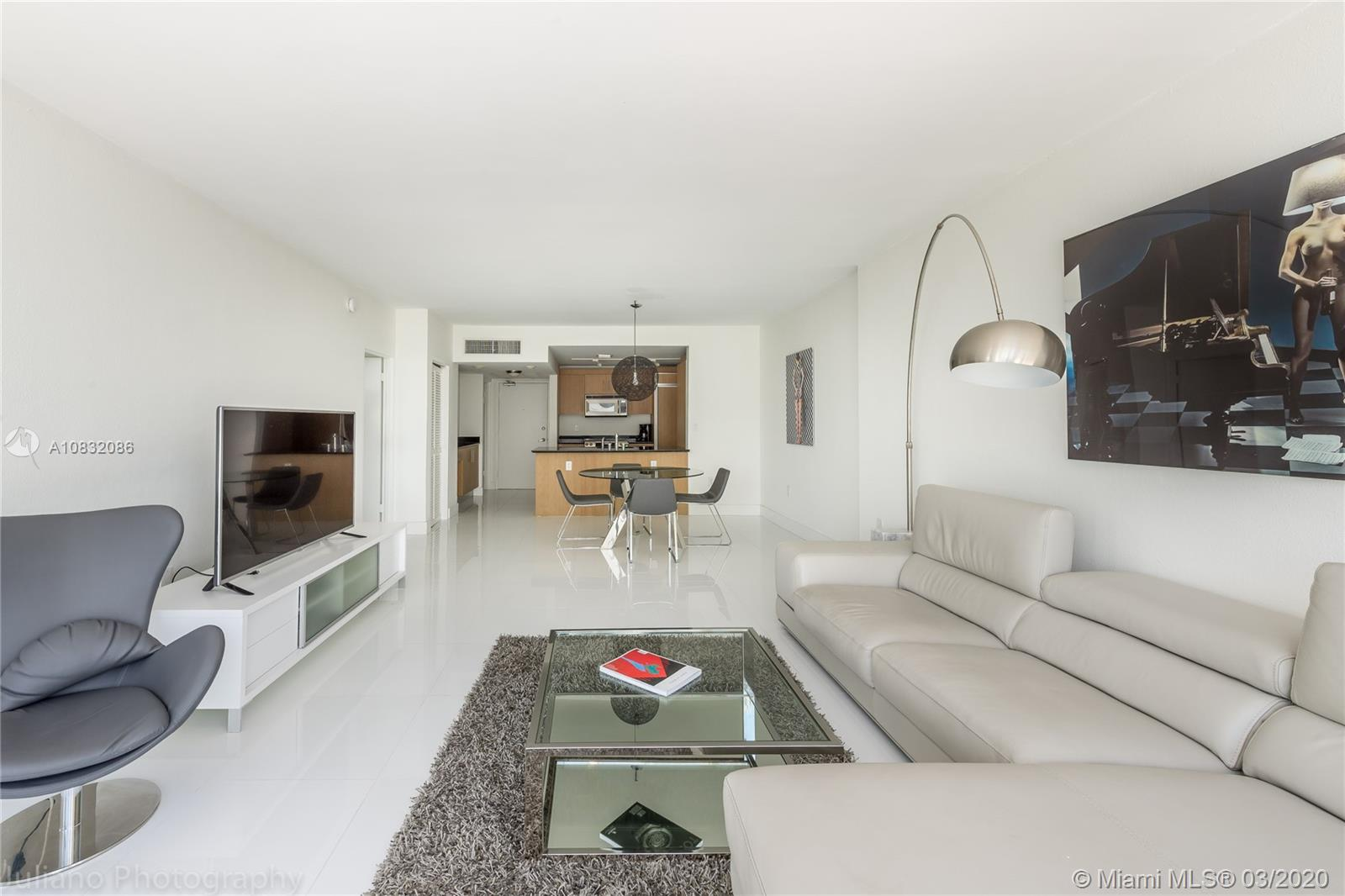 10275 Collins Ave #416 photo02