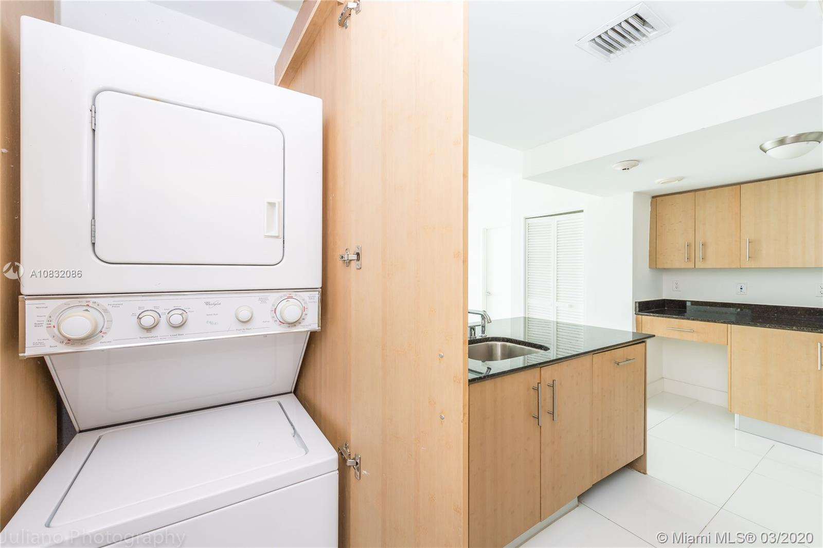 10275 Collins Ave #416 photo014