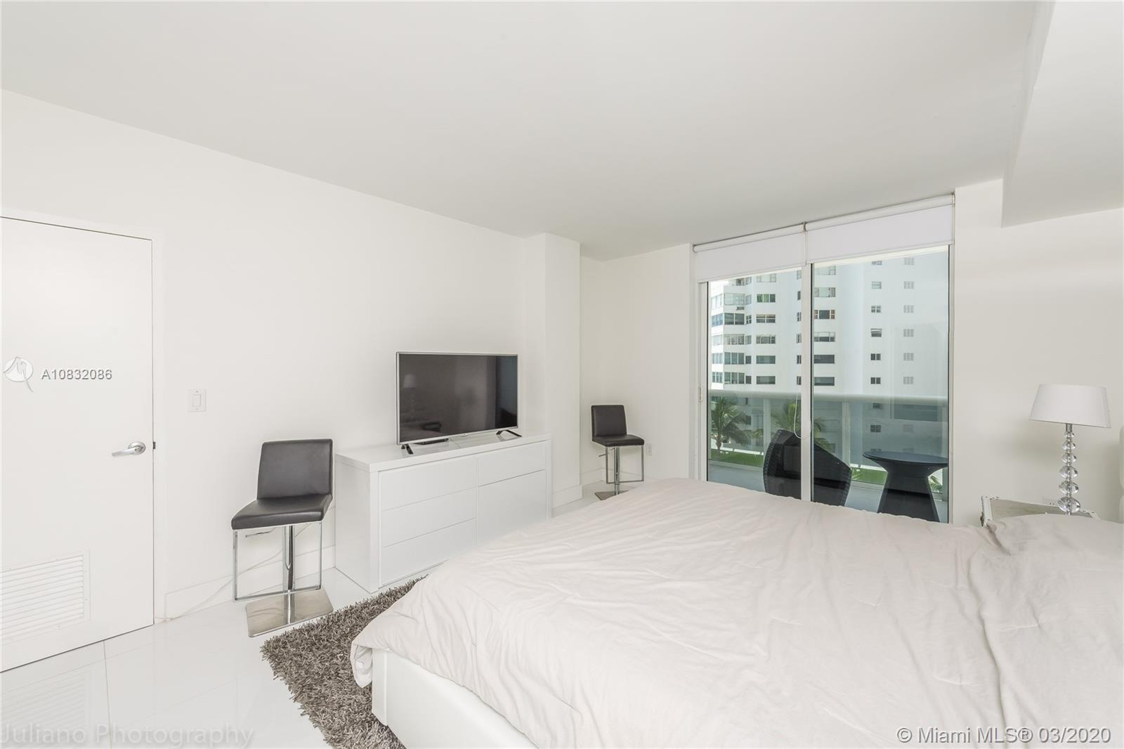 10275 Collins Ave #416 photo04