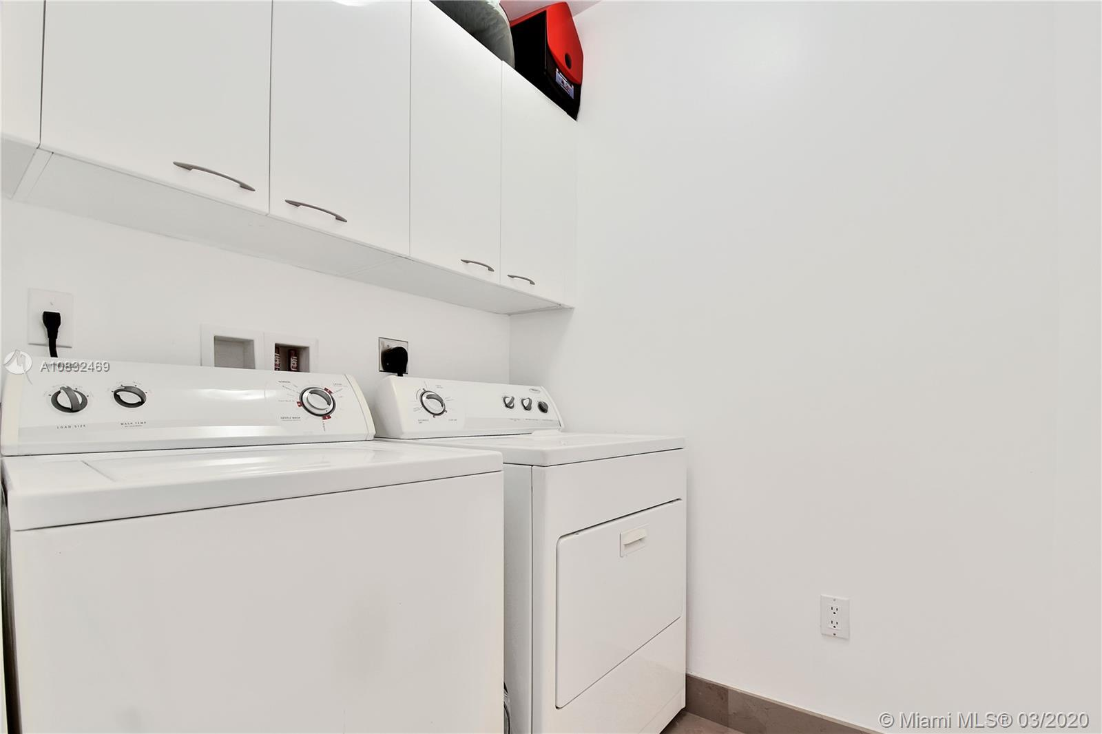 Property 15901 Collins Ave #504 image 25