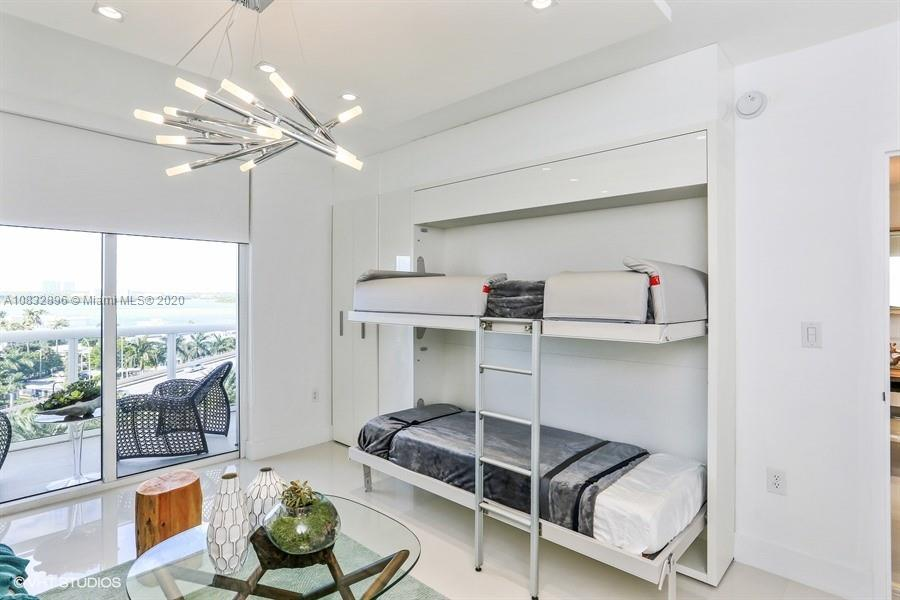 10275 Collins Ave #725 photo017