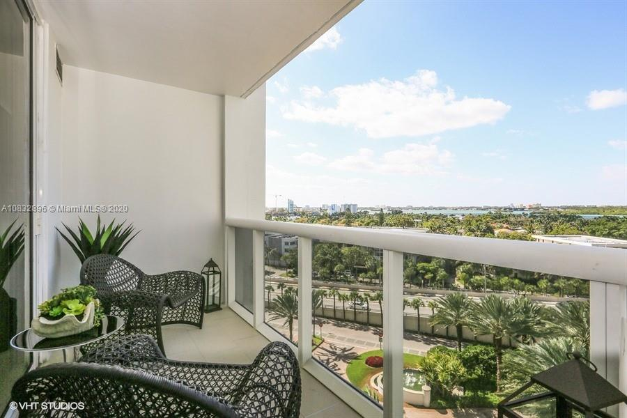10275 Collins Ave #725 photo020